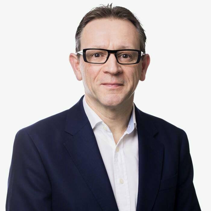 Dr. Dirk Petré